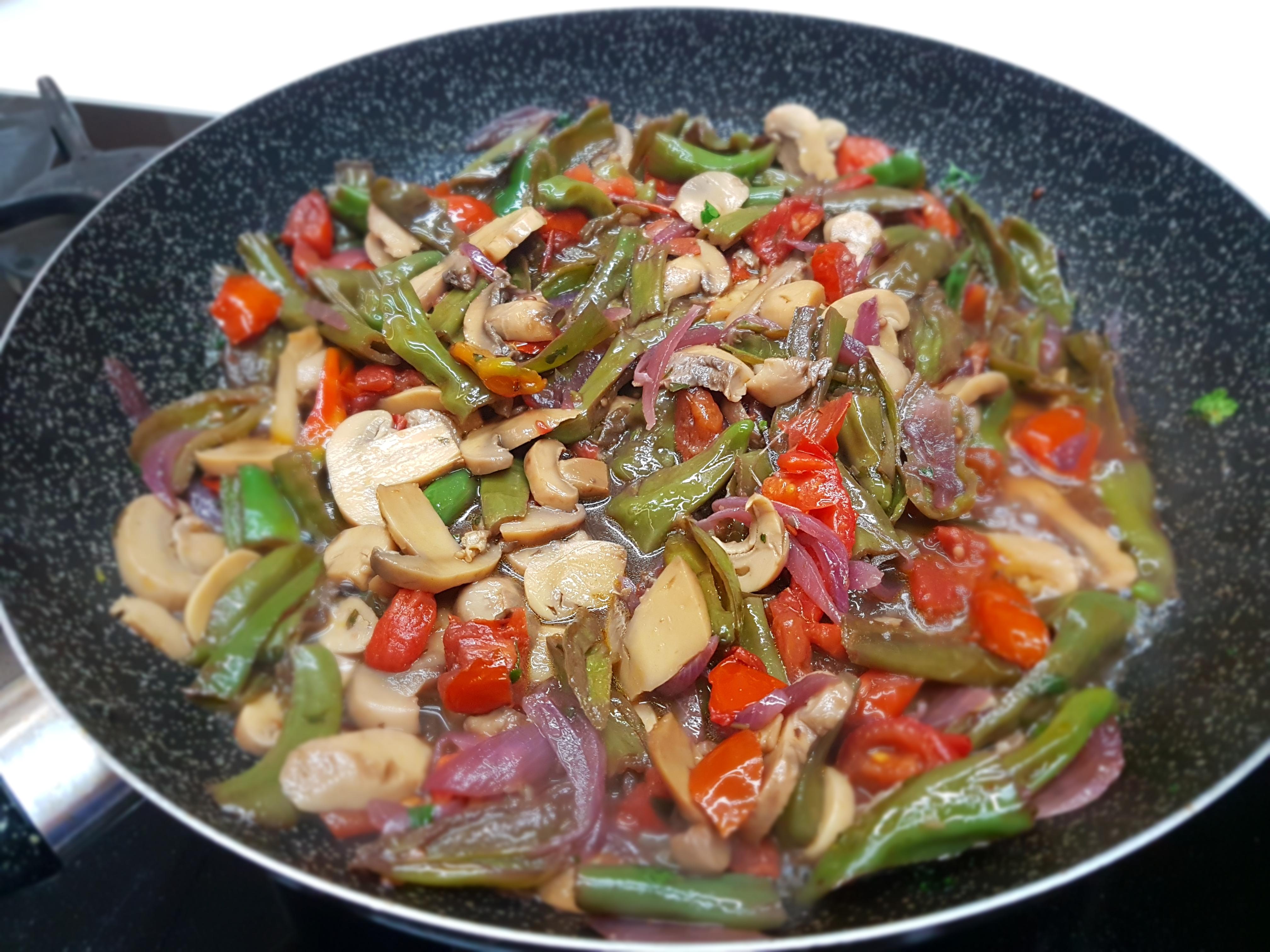 Paparlicchi e patate al forno friggitelli le ricette for Cucinare friggitelli
