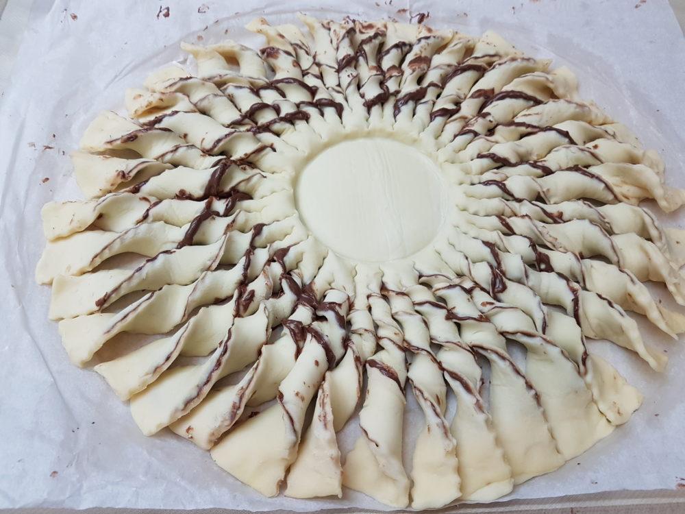 torta con pasta sfoglia e nutella