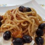 pasta con le olive nere